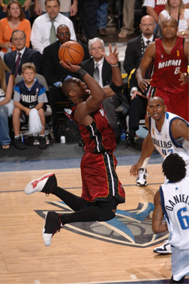 Wade with the runner in the 2006 Finals